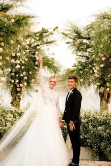 012_chiara_ferragni_wedding_vogue_int_credit_david_bastianoni_jpg_655_north_499x_white